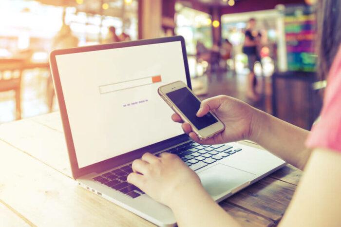 Laptop y Smartphone